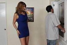 Horny Divorced Mom-Official Website NaughtyAmerica.com