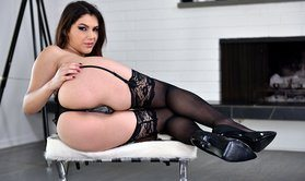 Sexy Italian brunette gets assfucked on the sofa-Official Website  21 SEXTURY