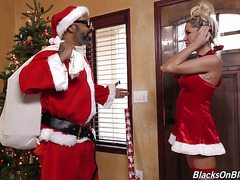 Tanner Mayes Christmas Movie-OW Blacks on Blondes