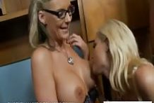 Phoenix Marie And Blonde Hot Diamond Foxxx Big Tits Blowjob-OW Naughty America