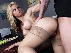 Hot Big Tited Blonde Made Hard Porn In The Office