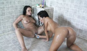 Two Slutty Sexy Asian Lesbians In Shower