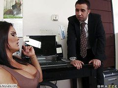 Big Tited Office Girls Wants Her Worker S Cock