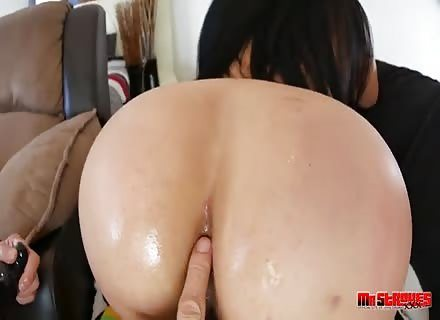 Oiled Body Action By Slutty Bella Deep