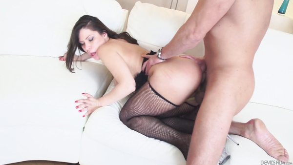 Brunette Big Ass Latina Babe Porn After Solo