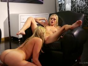 Warning Sexy Blondes Mia Malkova And Alex Grey