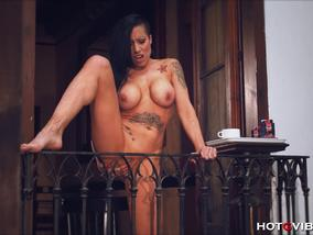 Solo By EMO Big Tited Babe Gigi Love On The Balcony