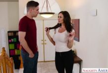 Young Horny Man Wants Her Friends Mom Kendra Lust