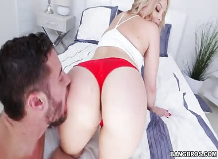 Amazing Workout By Sexy Blonde Alexis Texas