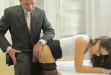 Horny Boss Wants Fuck Her Secretary Carolina Abril