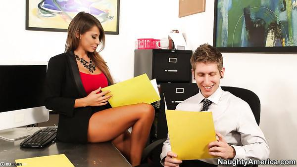 Sexy Secretary Girl Madison Ivy Gets Give Her Boss