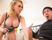 Horny Thief Wants Fuck White Girl Kagney Linn Karter