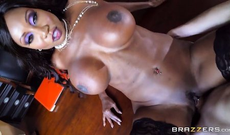 2592 Young Man Gets Fuck Black Mature MILF On Office