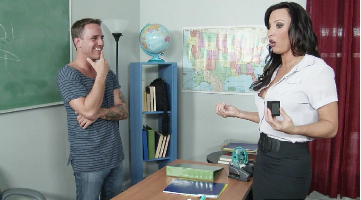 2994 Brunette Teacher Lezley Zen Gets Masturbation And Fucking In Classroom
