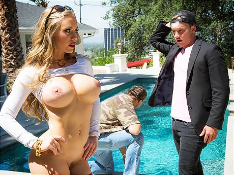 3109 Nicole Aniston Wants This Guys Dick Not Husbands