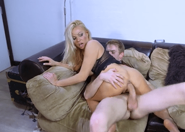 3064 Blonde Michelle Throne Thinks Danny D S Cock Best For Her Pussy