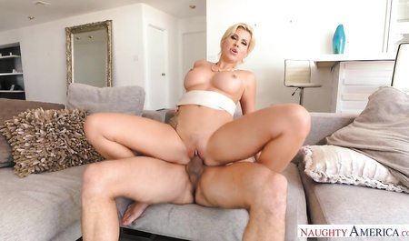 3243 Horny Milf Savana Styles Knows Hot To Make Young Boy Best