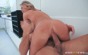 3250 Big Tited Blonde Kayla Kayden Came For Hard Sex