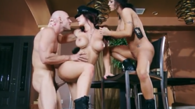 3221 Sexy Cops Jayden Jaymes And Jenna Presley Gets Arest Horny Teft