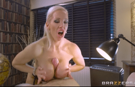 3322 Mature Lady Rebecca Moore Plays Cock Game With Slicon Tits