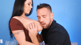 3362 Sheridan Love Looking For Cock Which Can Fuck Her Fat Ass Hard