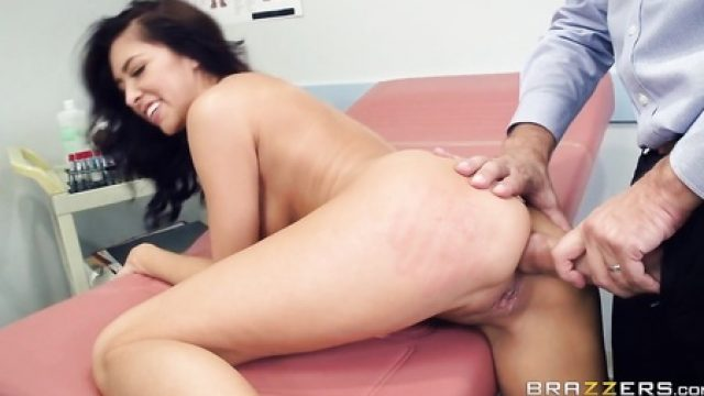 3373 Horny Doctor Keiran Lee Ready To Help Patient With His Dick