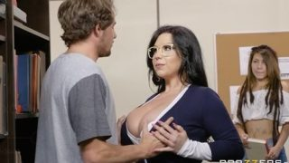 40-Exclusive-Huge Slicon Tited MILF Sheridan Love