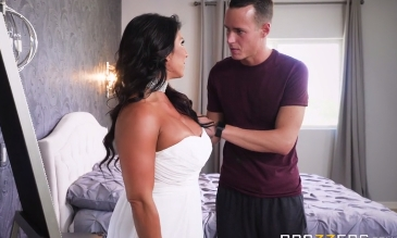 81-Exclusive-Horny MILF Gets Fuck Before Wedding