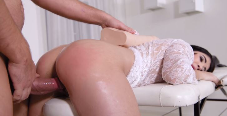 1 Manuel Ferrara Gets Asian Massage And Sex With Lady Dee