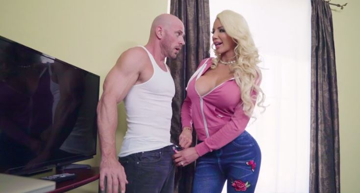 188-Exclusive-WIFI Master Johnny Sins Gets Fuck Blonde MILF