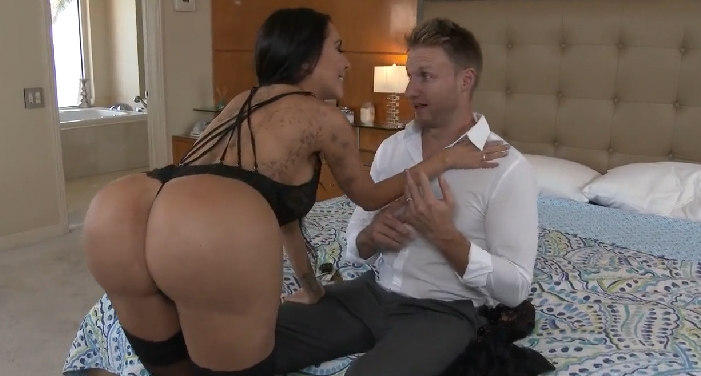 4065 Old But Gold Scene By Latina Booty Girl Lela Star