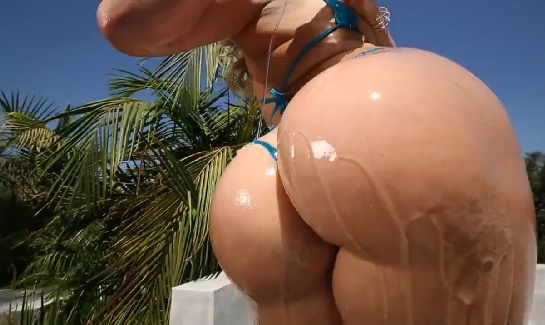 87 Mia Malkova's Big Oiled Booty Is Ready To Fuck