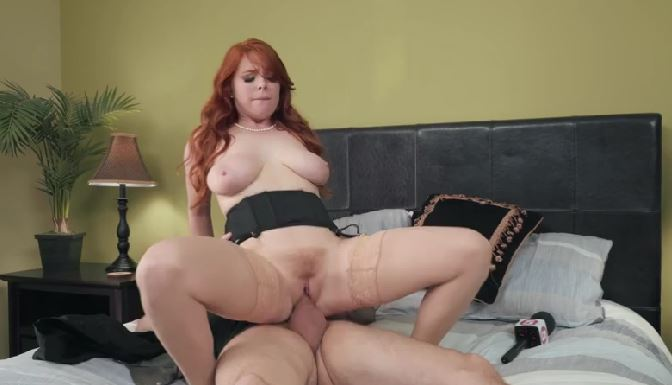 324-Exclusive – Redhead Babe Penny Pax