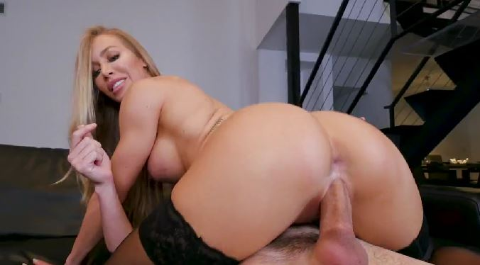 368-Exclusive – My Sexy Neighbor Nicole Aniston