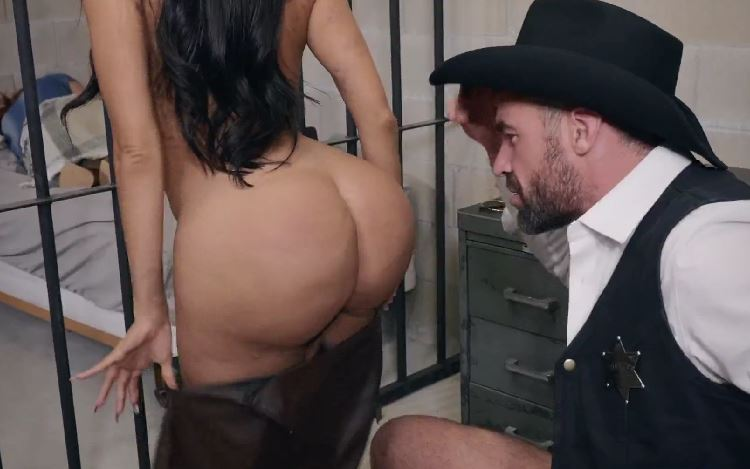 535-Exclusive- Then Sheriff Gets Fuck Lela Star