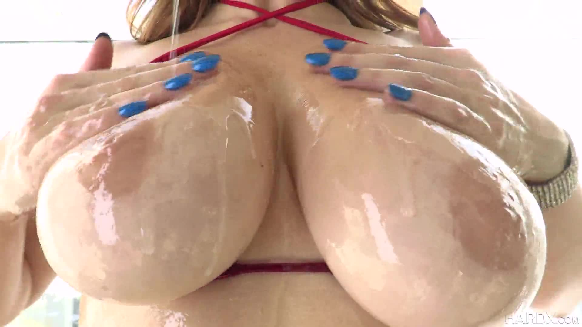 598-Exclusive – Fuck That Oiled Big Ass And Get Some Pleasure