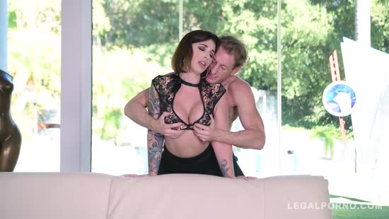 618-Exclusive – Make A Deep Fuck With Tattooed Huge Ass