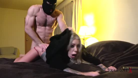 684-Exclusive – He Came To Fuck And Creampied