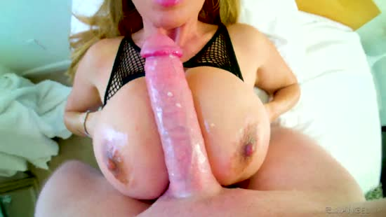 837 Fuck MILF'S Huge Tits For 20 Minutes Porn