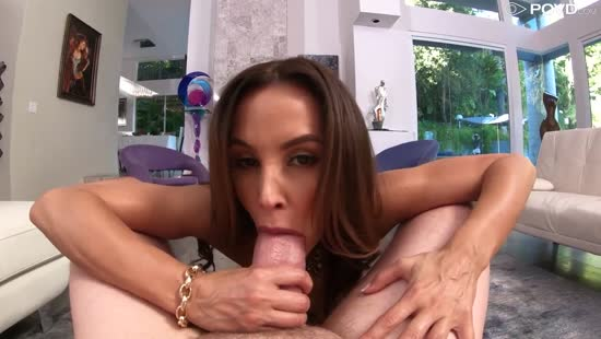 804-Exclusive-Mature Stepmom Lisa Ann Gets Huge Creampie Porn