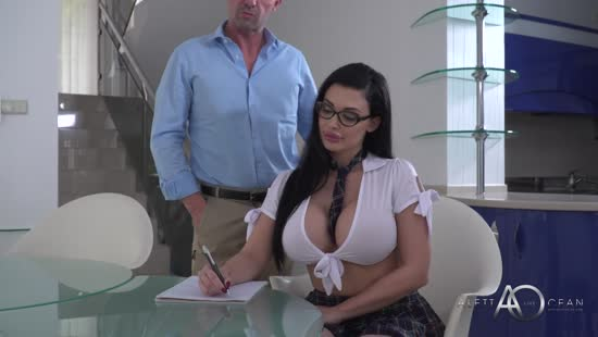1053 Busty Hungarian Babe Gets Cum On Eyeglasses Porn